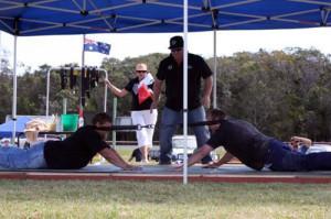 Goanna Pulling Championships - Men's division